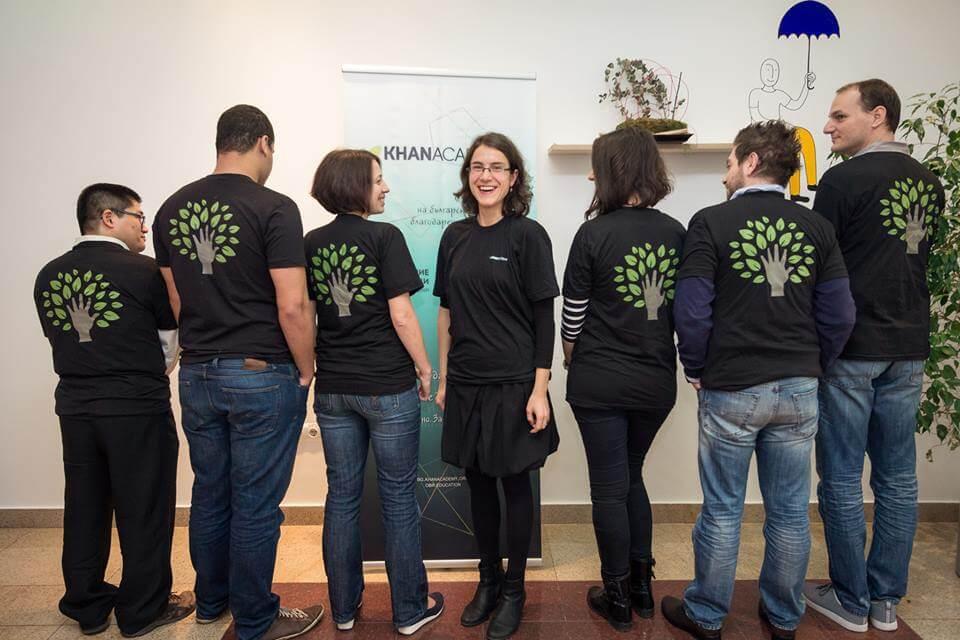 РОЗАЛИНА ЛЪСКОВА, която превръща достъпното онлайн обучение на български в кауза